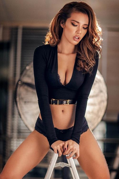 Vietnamese Sexy Women