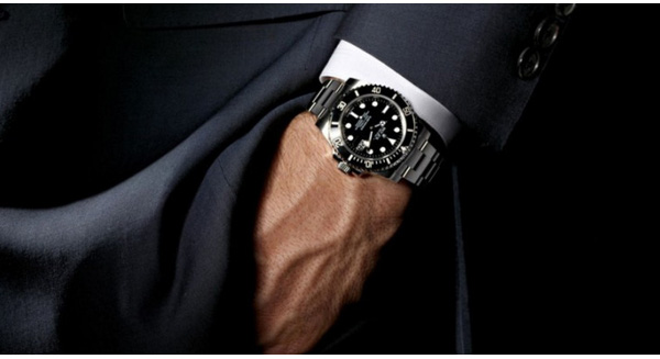 Why do people wear watches usually successful?
