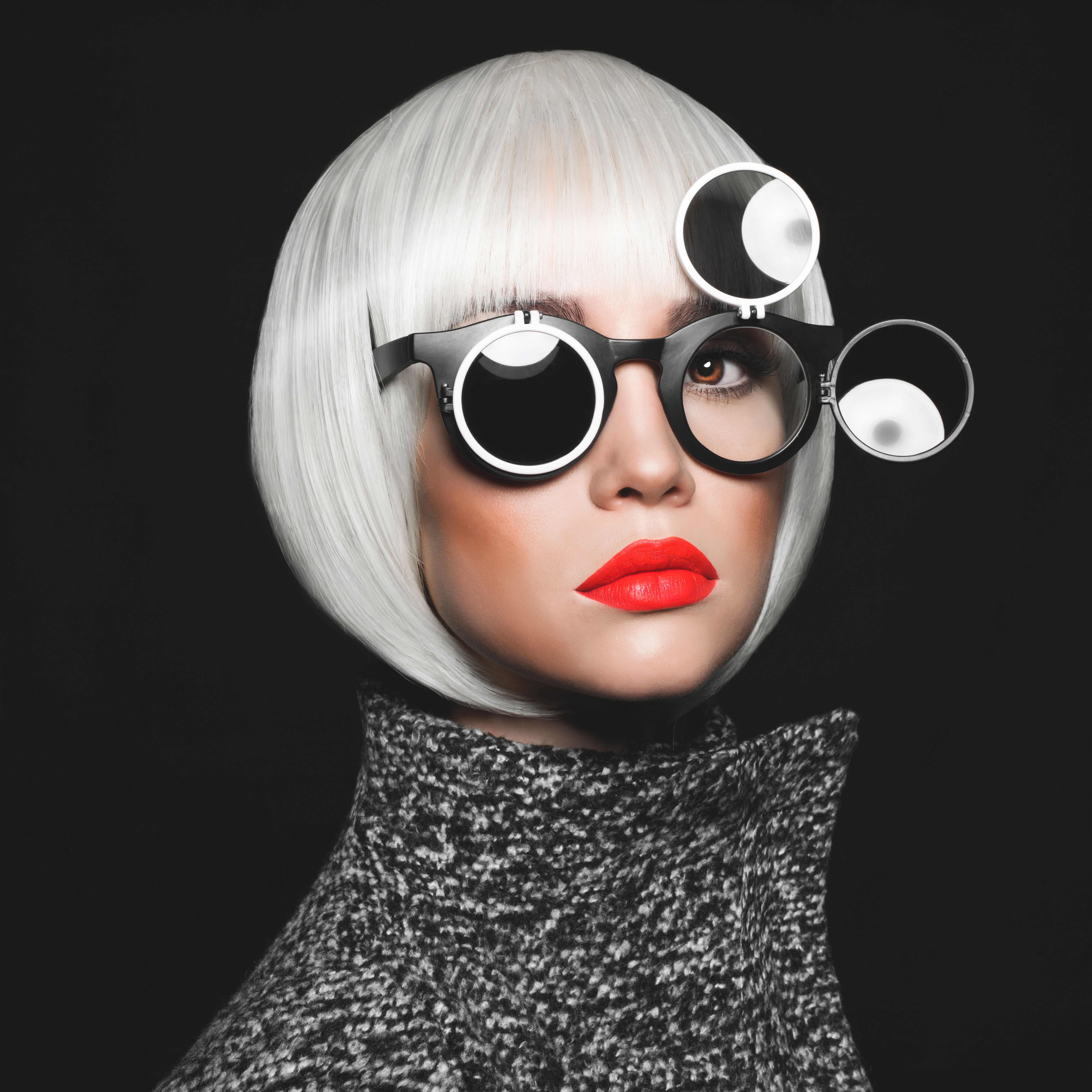 Eyeglasses Trends in 2016: What To Wear?