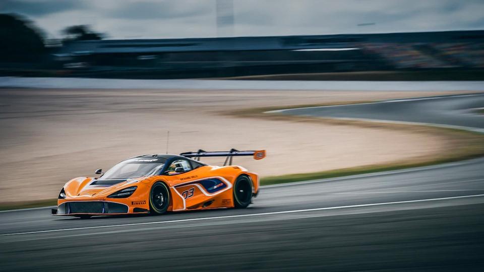 McLaren720SGT302